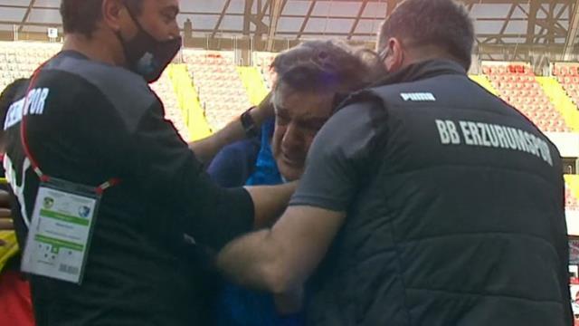 Erzurum wins again, Yılmaz Vural couldn't hold back tears of joy