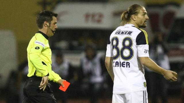 An interesting dialogue took place between Caner Erkin and Fırat Aydınus, whom he threw out of the game years ago claiming to say 'Lan'