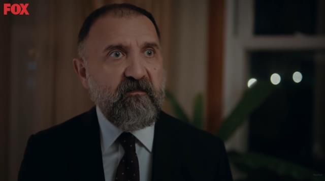 Rol gereği attığı tokadın dozunu kaçıran Hülya Avşar, partneri Ertuğrul Postoğlu'nun çenesini çıkarttı