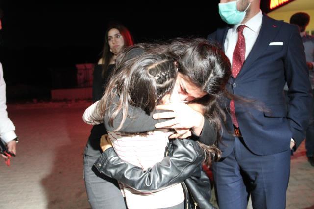 Tahliye olan Melek İpek, kızlarıyla ilk gecesini ve hayallerini anlattı: Üniversiteye gireceğim