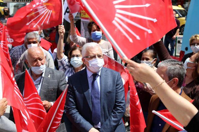 1 Mayıs Burhaniye'de kutlandı
