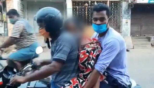 Koronanın ele geçirdiği ülkeden tüyler ürperten fotoğraf: Annelerinin cansız bedenini motosikletle taşıdılar