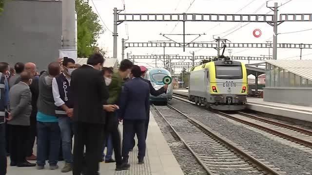 Bakan Karaismailoğlu Konya-Karaman YHT Hattının test sürüşüne katıldı