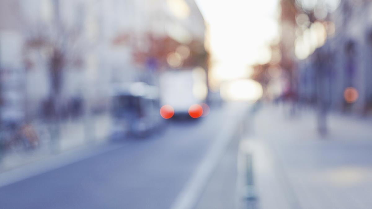 Beypazarı'nda devrilen süt taşıma aracının sürücüsü yaralandı