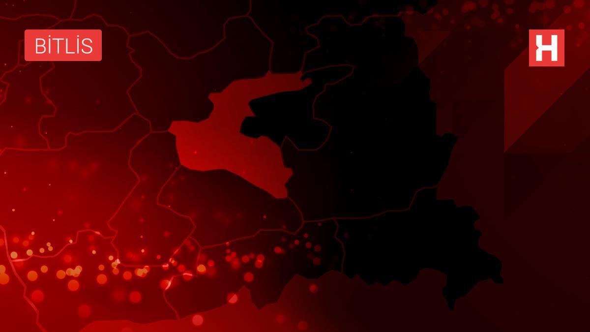 Bitlis'te bir hükümlünün evinde ruhsatsız silahlar ile uyuşturucu bulundu