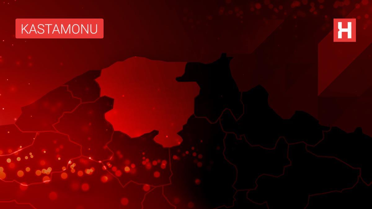 Kastamonu'da Kovid-19 testi pozitif kişi ATM'de işlem yaparken yakalandı