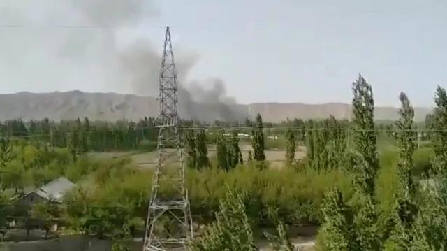 Kırgızistan ile Tacikistan sınırında taşlı kavga çatışma döndü: En az 13 ölü, onlarca yaralı var