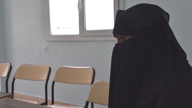 Tecavüz edip videoya almışlar! Teröristler genç kızı canlı bomba olmaya böyle hazırlamış