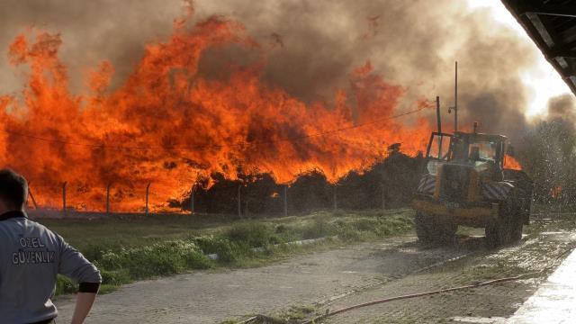 Afyonkarahisar'da biyoenerji tesisinde yangın çıktı