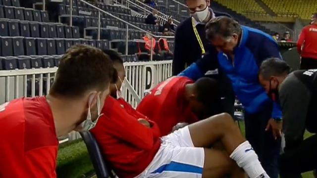 Erzurumspor'da Ricardo Gomes, Fenerbahçe karşısında oyuna girmeyi reddetti