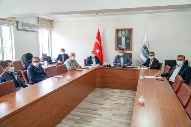 Milletvekili Kaya ilçe yöneticileri ile projeleri istişare etti