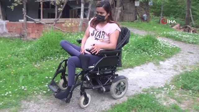 28 yaşındaki engelli genç kız yürüyebilmek için yardım bekliyor