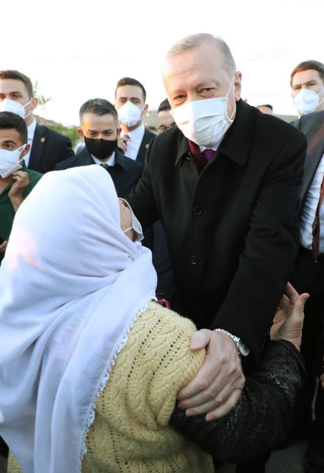 erdogan iftarda dikmen ailesine konuk oldu 14112266 4904 m