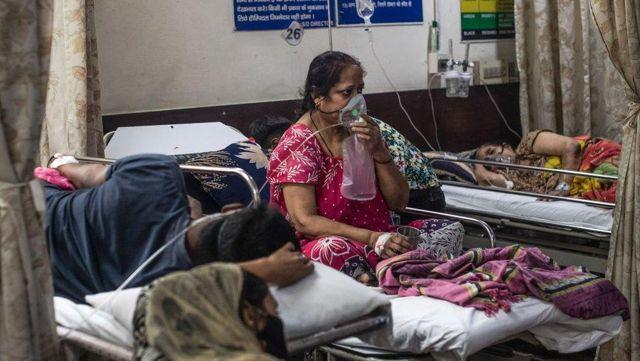Hindistan'da muhalefet, sağlıkçılar ve iş çevrelerinden tam kapanma çağrısı