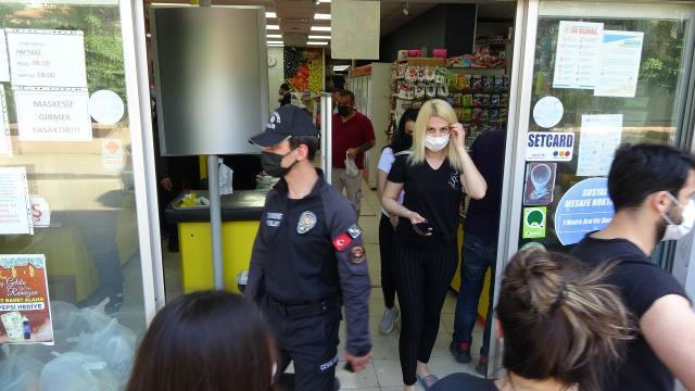 Vakaların yüzde 50 düştüğü kentte tedbirler daha da sıkılaştırıldı! Çocuklarıyla markete gidenlere ceza kesildi