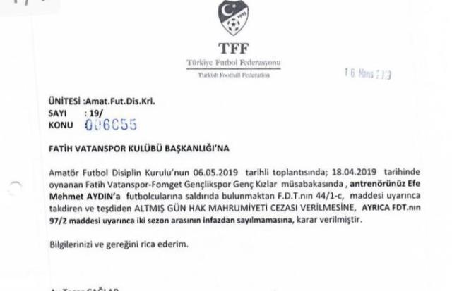 Kadına şiddet davası devam eden teknik direktör Efe Mehmet Aydın'a ödül verildi
