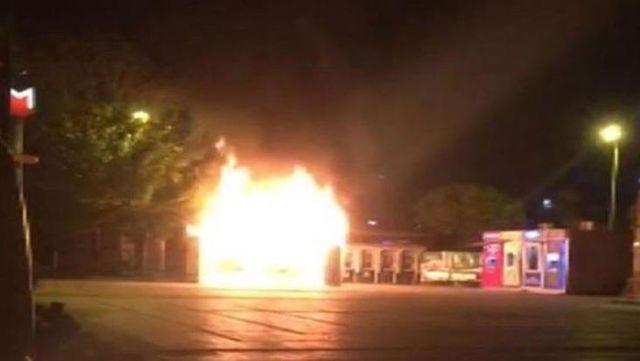 İBB: Halk Ekmek büfesi yangını sabotaj kaynaklı