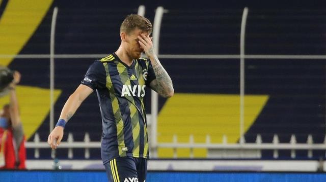 Sosyal medyada paylaşımlarını silen Serdar ve Genk'in teklif yaptığı Samatta maç kadrosuna alınmadı