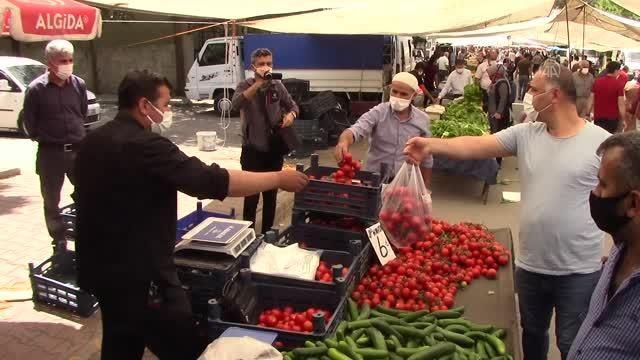 Kilis, Adıyaman ve Malatya'da pazar yerleri Kovid-19 tedbirleri alınarak açıldı