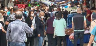 İçişleri Bakanlığı: Pazar yerlerinde yoğunluk yaşandı, girişlerde kuyruklar oluştu (2)