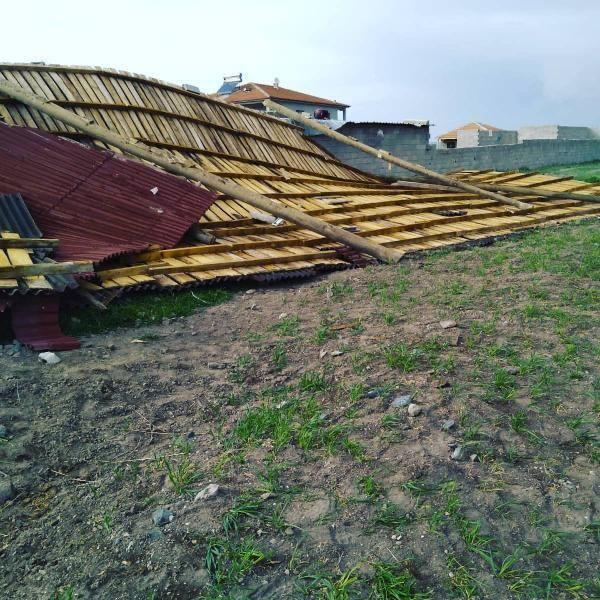 Ankara'da fırtına yıkıma neden oldu
