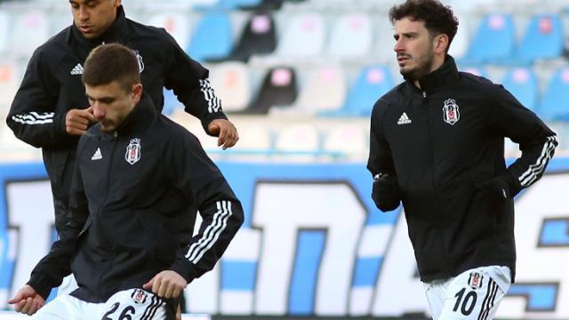 Şampiyonluğun favorisi Beşiktaş'ın orta sahasındaki kayıplar Sergen Yalçın'ı çaresiz bıraktı