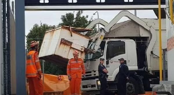 Avustralya'da çöp konteynerinde uyku can aldı