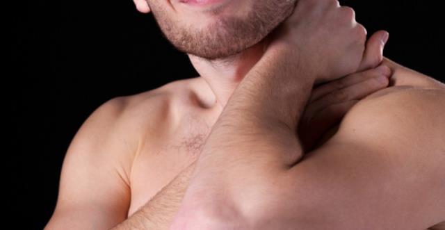 Boyun tutulmasına ne iyi gelir? Boyun tutulması nasıl geçer?