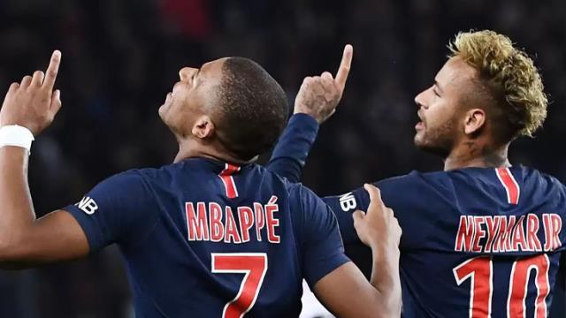 Fransa'da yılın futbolcusu ödülü için Burak, Neymar ve Mbappe aday gösterildi
