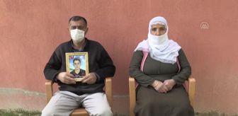 Muş: BİTLİS/MUŞ - Evlatları terör örgütü PKK tarafından kaçırılan aileler bir bayramı daha buruk karşılıyor