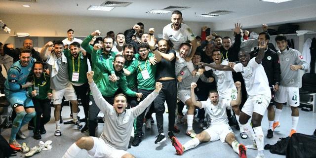 'Burası Kadıköy' sloganıyla özdeşleşen Fenerbahçe'nin stadı artık 'Kadıköy Hatıra Fotoğrafçısı' oldu
