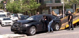 Mercedes: Sancaktepe'de lüks aracın aşırı hız dehşeti: 1 yaralı