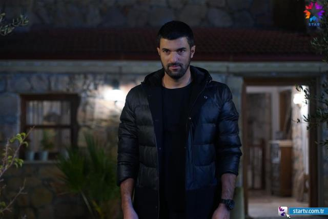 Sefirin Kızı final yaptı! Engin Akyürek sadece eski rol arkadaşı Neslihan Atagül'e teşekkür etmedi