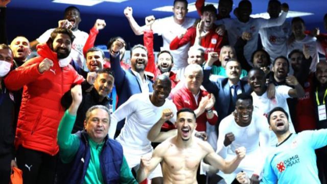 Sivassporlu Kayode'den Fenerbahçe'yi kızdıracak gönderme: Geldik, gördük, fethettik