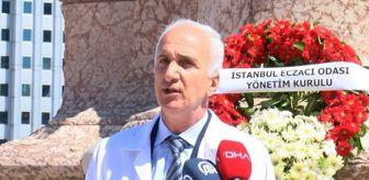 Taksim: İSTANBUL ECZACI ODASI CUMHURİYET ANITI'NA ÇELENK BIRAKTI