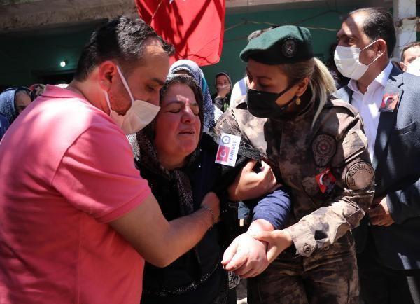 Son dakika haber... Şehit özel harekat polisi Veli Kabalay son yolculuğuna uğurlandı (2)