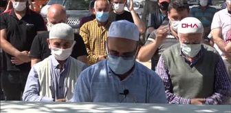 Adana: ÇALIŞMA YAPTIKLARI SU KUYUSUNDA CESETLERİ BULUNAN 3 KİŞİ TOPRAĞA VERİLDİ