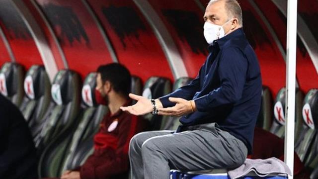 Galatasaray Teknik Direktörü Fatih Terim'in oturduğu buz kovası satışa çıkıyor