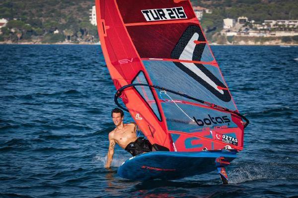 Milli sörfçü Onur Cavit Biriz'in olimpiyat gururu Açıklaması
