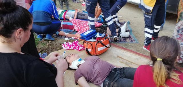 Devrilen cipin içinde sıkıştılar: 2'si çocuk 7 yaralı