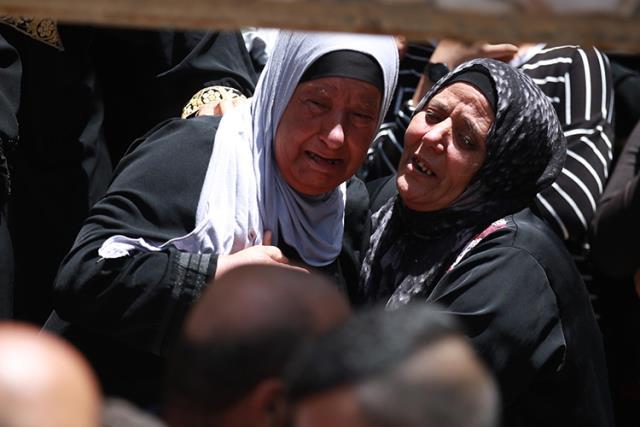 İsrail'in Gazze'ye düzenlediği saldırılarda hayatını kaybedenlerin sayısı 188'e yükseldi