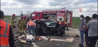 Çorum: Kontrolden çıkan otomobil karşı şeritteki tıra çarptı: 1 ölü 2 yaralı