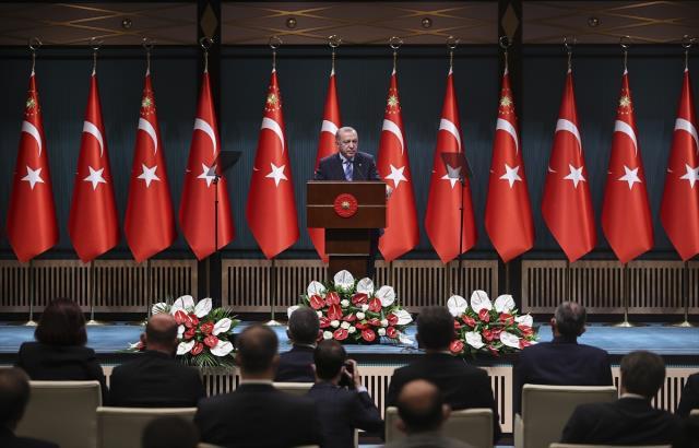 Son Dakika! Cumhurbaşkanı Erdoğan: 1 Haziran sonrasını ele aldık, önümüzdeki günlerde açıklayacağız