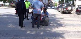 Fevzi Çakmak: Aracın çarptığı yaşlı amca için tüm sokak halkı seferber oldu