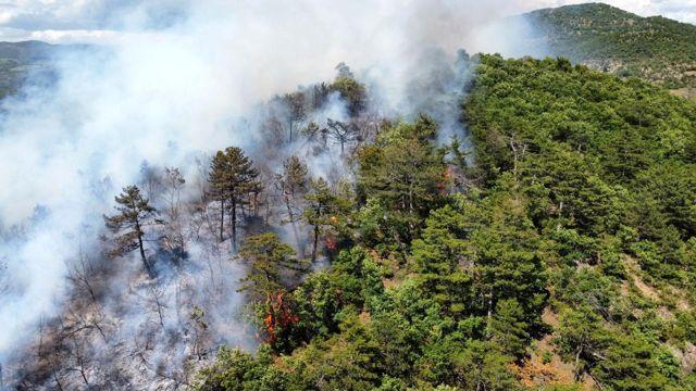 Balya'daki yangın havadan görüntülendi