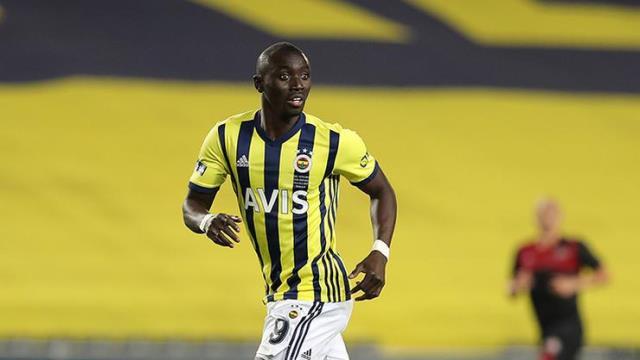 Sergen Yalçın, Fenerbahçe'nin gözden çıkardığı ismiş takımına istiyor