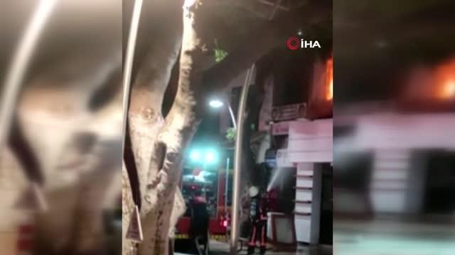 Alev alev yanan bina kullanılamaz hale geldi