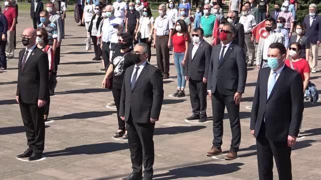 Balıkesir'de paramotorlu 19 Mayıs kutlaması