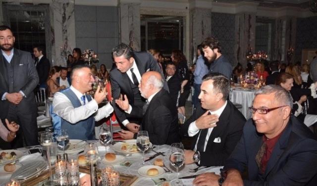 Sedat Peker'le fotoğrafı olan ünlü isimler, sosyal medya hesaplarından paylaşımlarını silmeye başladı