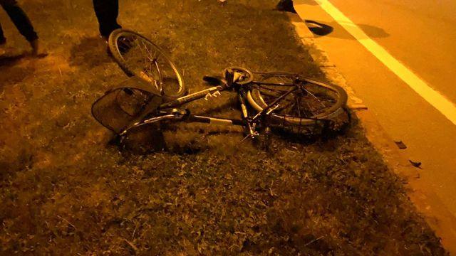 Polisten kaçıp çarptığı bisikletliyi ölüme terk etti